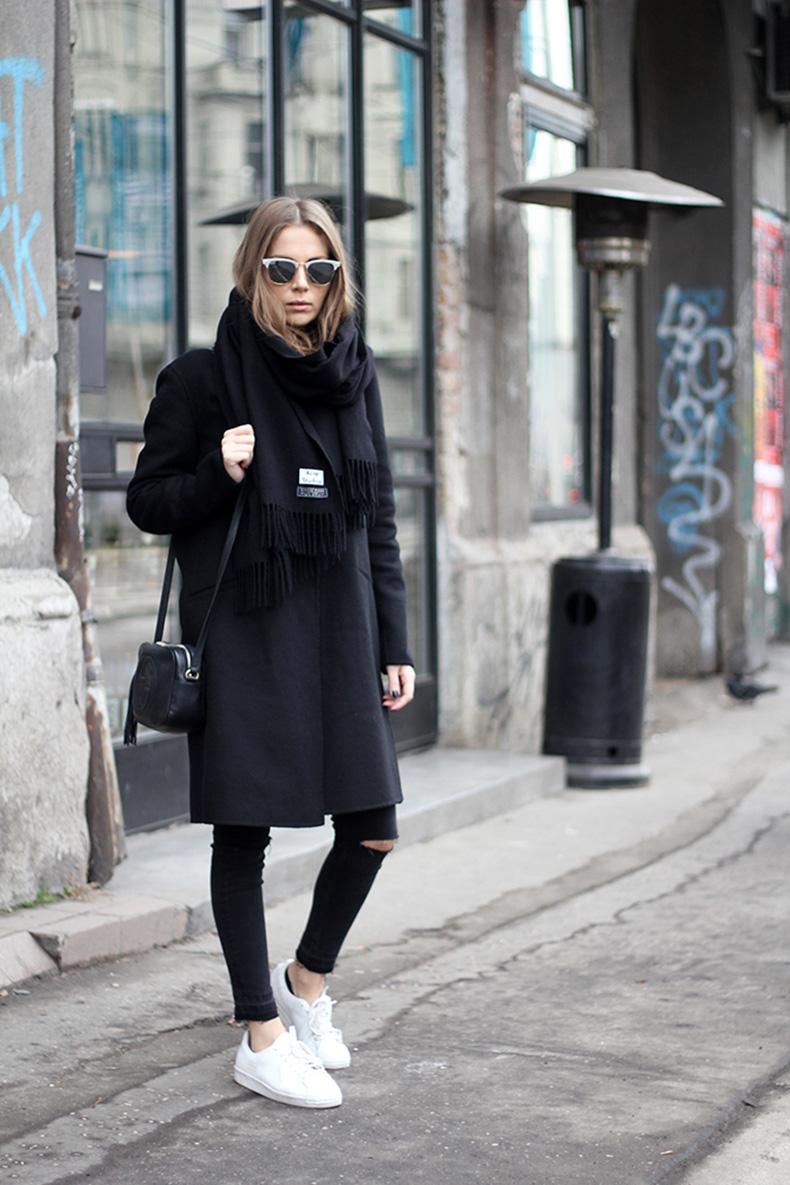 vanja,-fashion-and-style-blog,-ray-ban-sunglasses,-gucci-disco-bag,-adidas-superstar-80s-clean-sneakers,-adidas-srbija,-zara-coat,-acne-studios-scarf