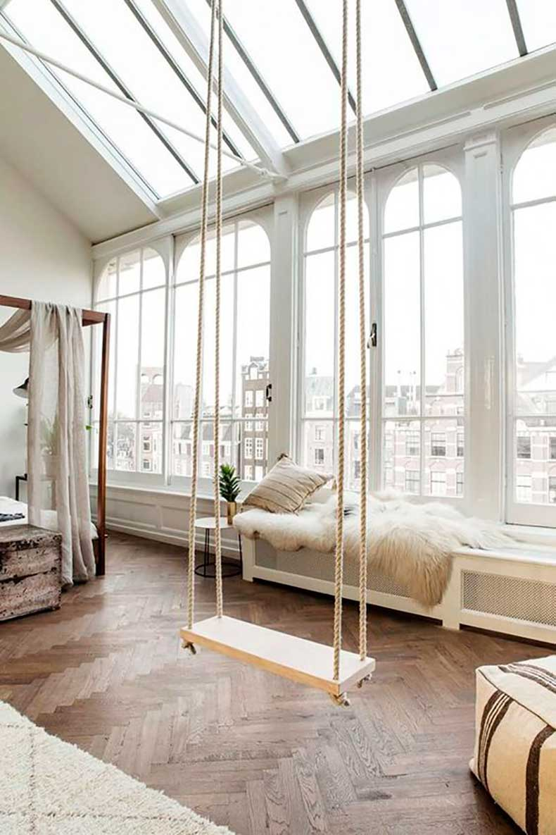 white-room-with-a-swing