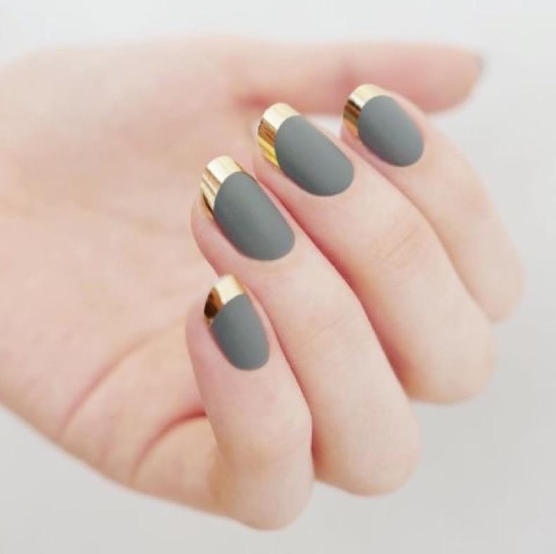 1469219023-elle-matte-nails-mpnails