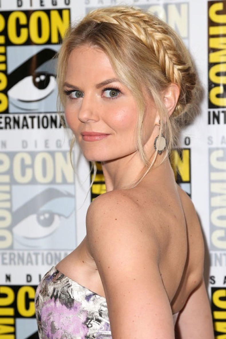 54bc5b1605136_-_hbz-crown-of-braids-jennifer-morrison-xln