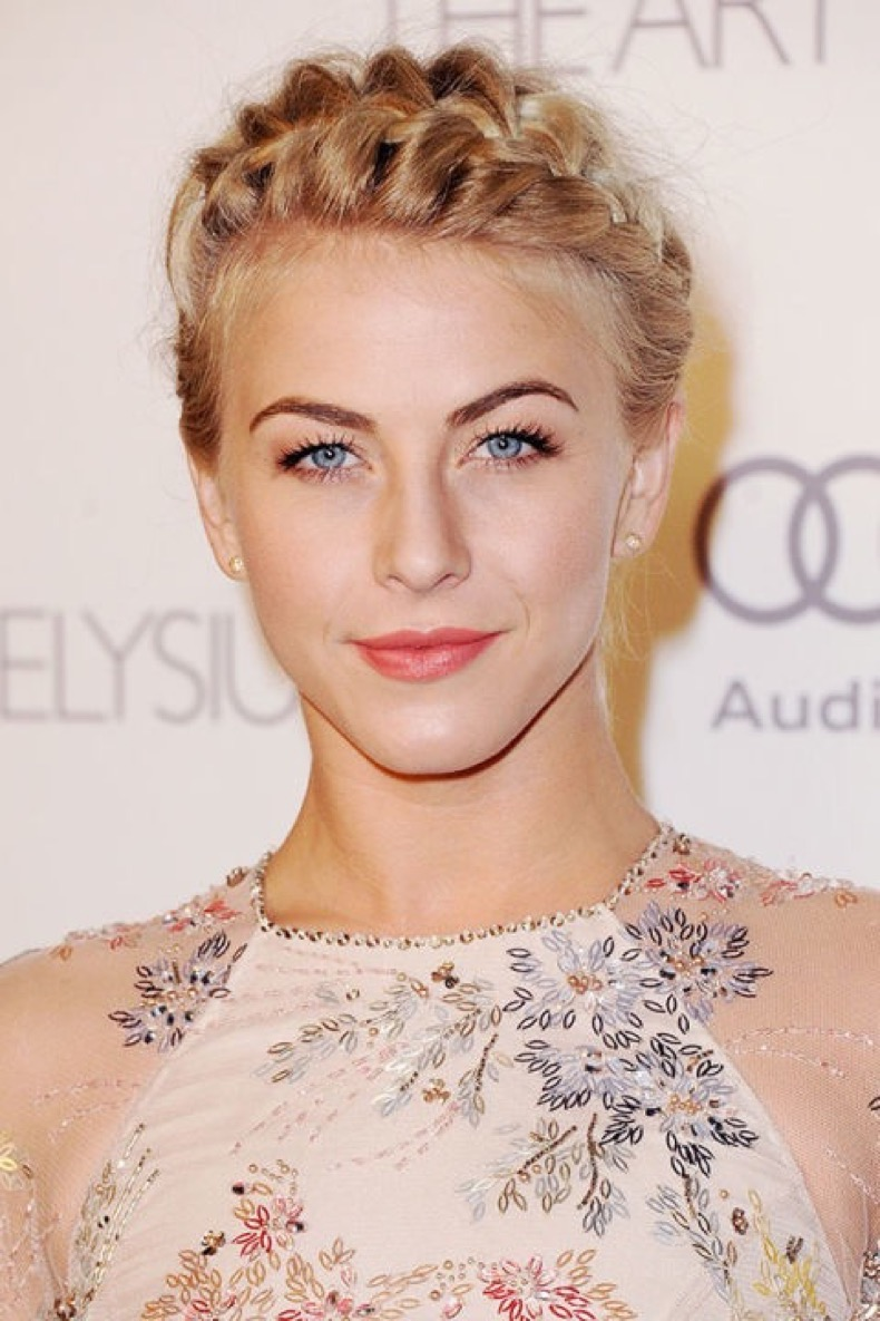 54bc5b16be6f7_-_hbz-crown-of-braids-julianne-hough-xln