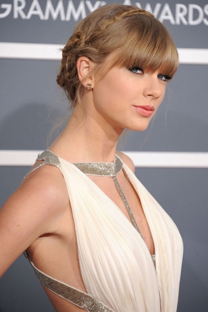 54bc5b1b1cb81_-_hbz-crown-of-braids-taylor-swift-xln