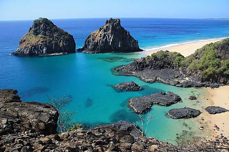 Baía-do-Sancho-brasil
