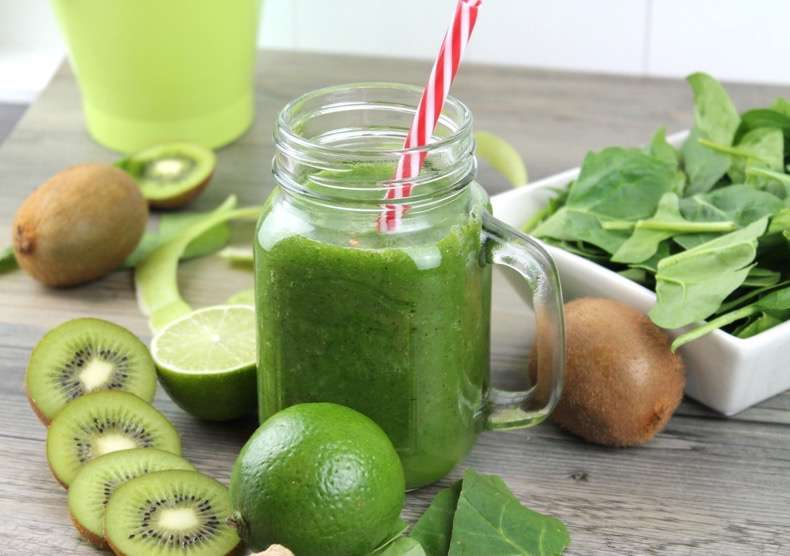 Batido-detox-verde-YouTube