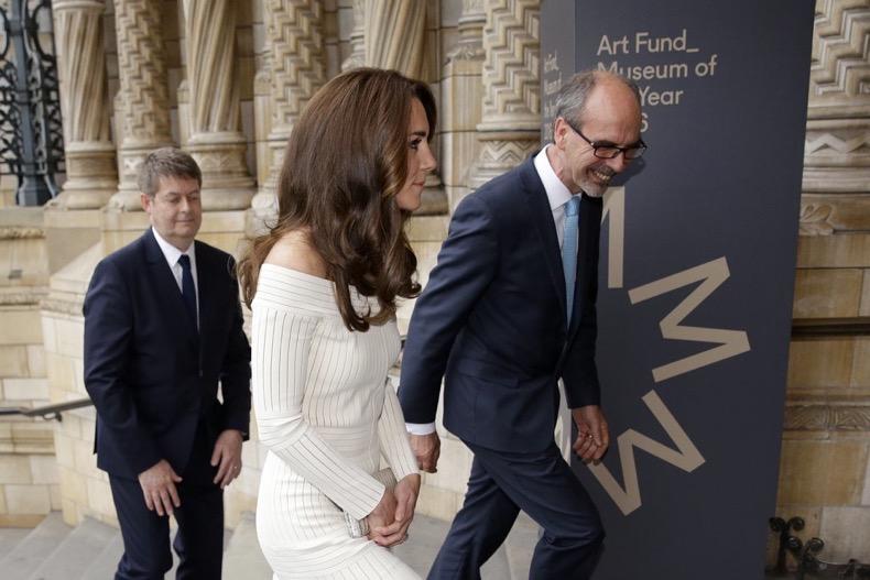 Kate-Middleton-Off--Shoulder-Dress-July-2016