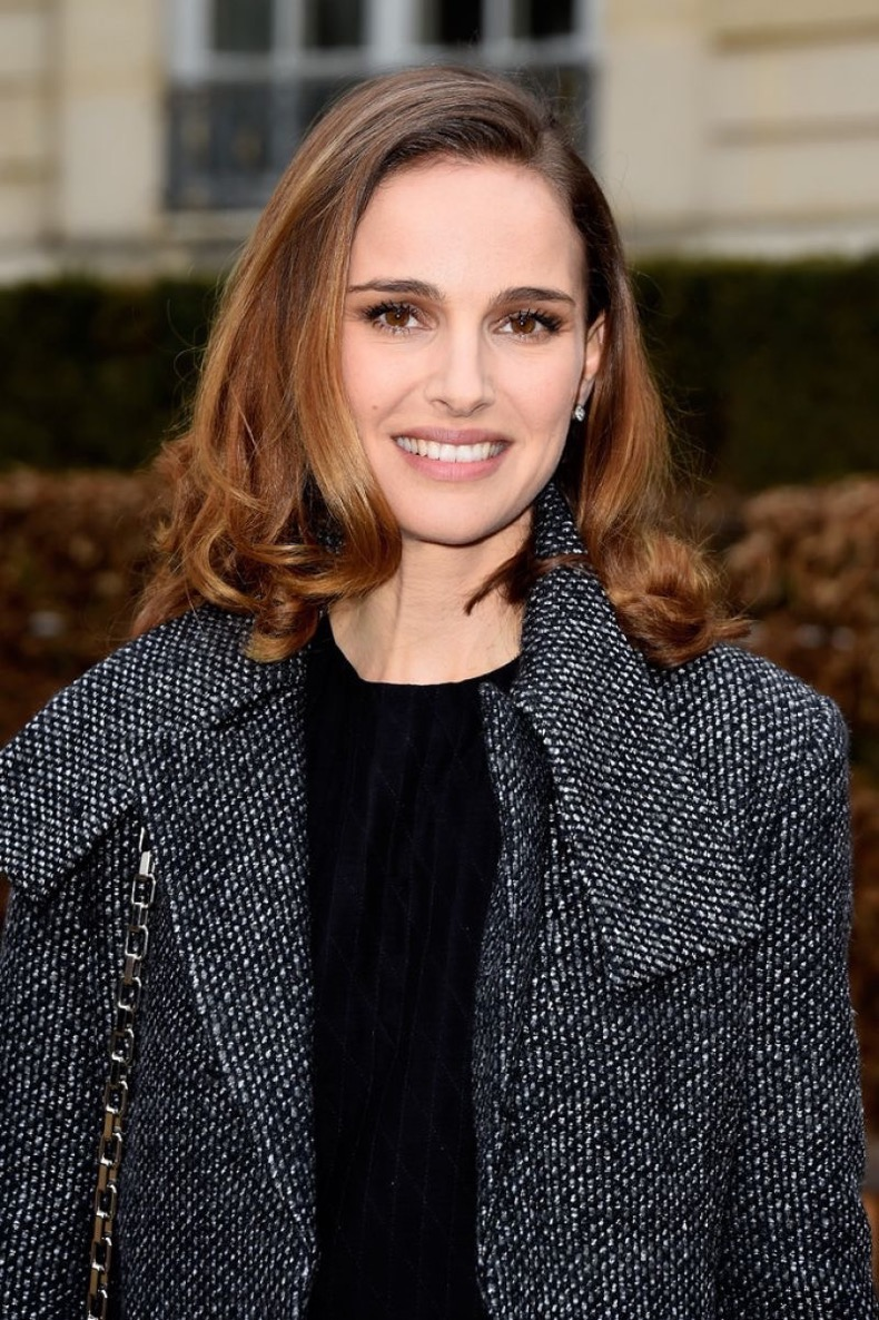 Natalie-portman-christian-dior-fashion-show-in-paris-january-2015_1