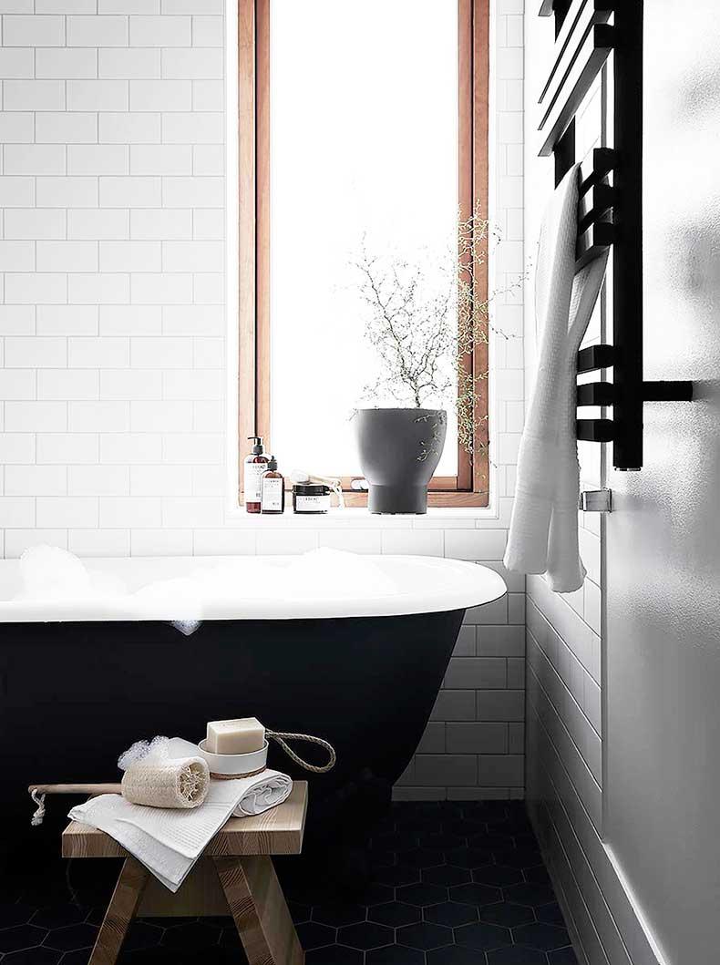 Oracle-Fox-Sunday-Sanctuary-Symmetry-Alexandra-Ogonowski-Interiors-Monochrome-Home-8