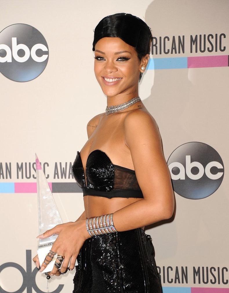 Rihanna-Robyn-Rihanna-Fenty