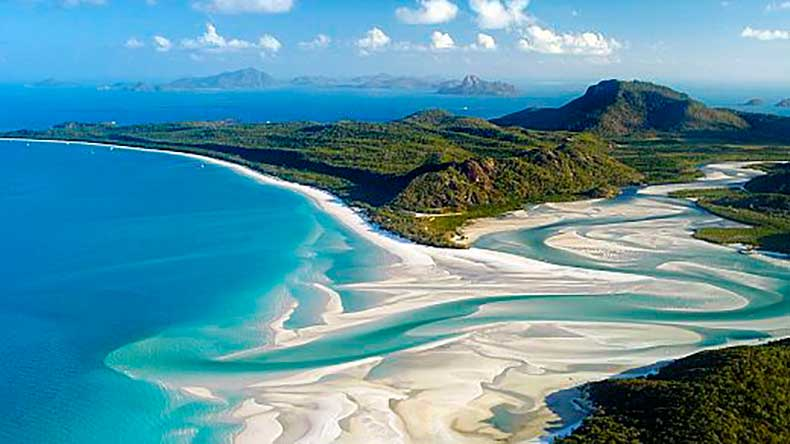WhitehavenBeach_australia