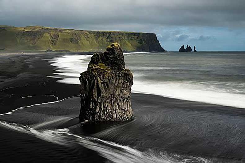 black-sand-beache_ICELAND