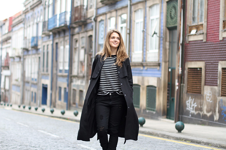 clochet-streetstyle-outfit-oporto-blanco-distressed-jeans-hm-long-trench-coat-cowboy-boots-3