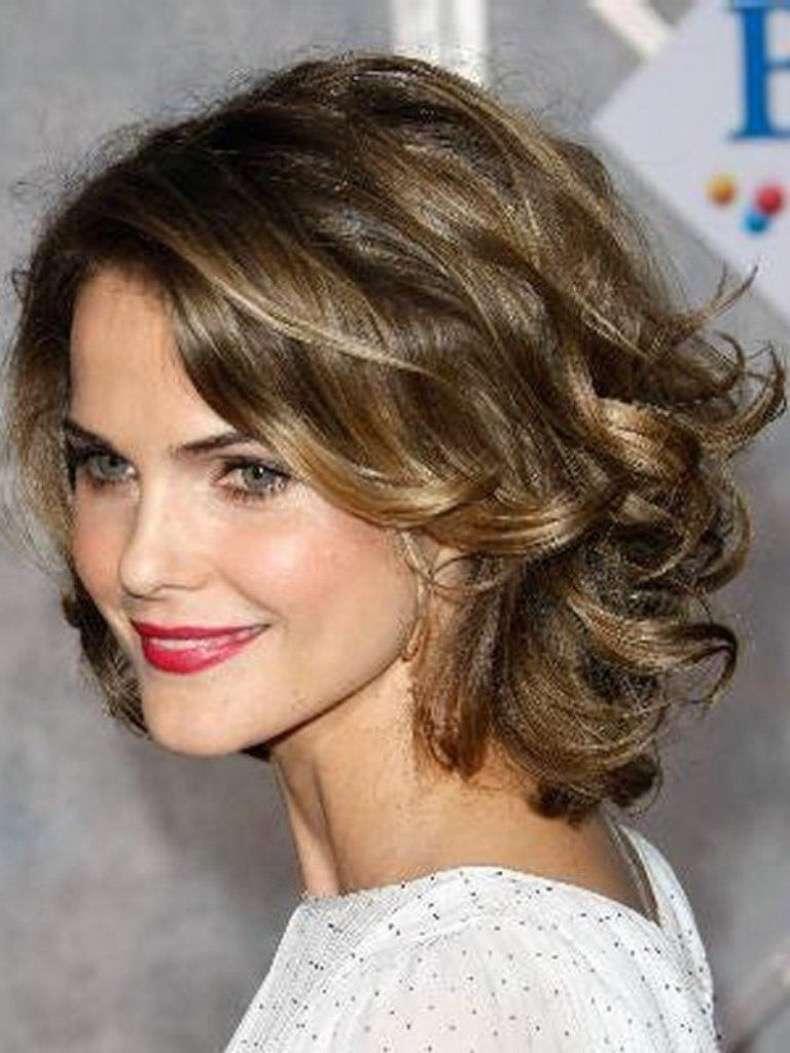 cortes-de-pelo-de-mujer-primavera-verano-2014-pelo-rizado-ondas-suaves