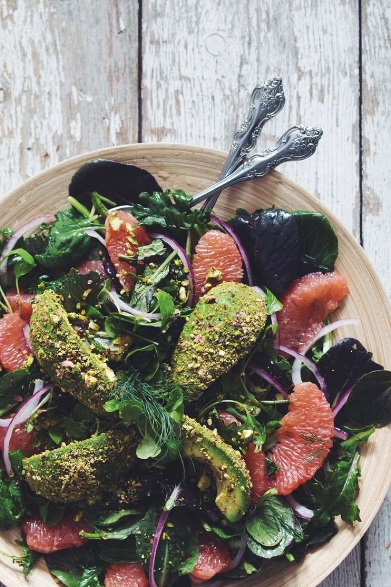 grapefruit+&+pistachio+crusted+avocado+summer+salad+#vegan+-+RECIPE+on+hotforfoodblog