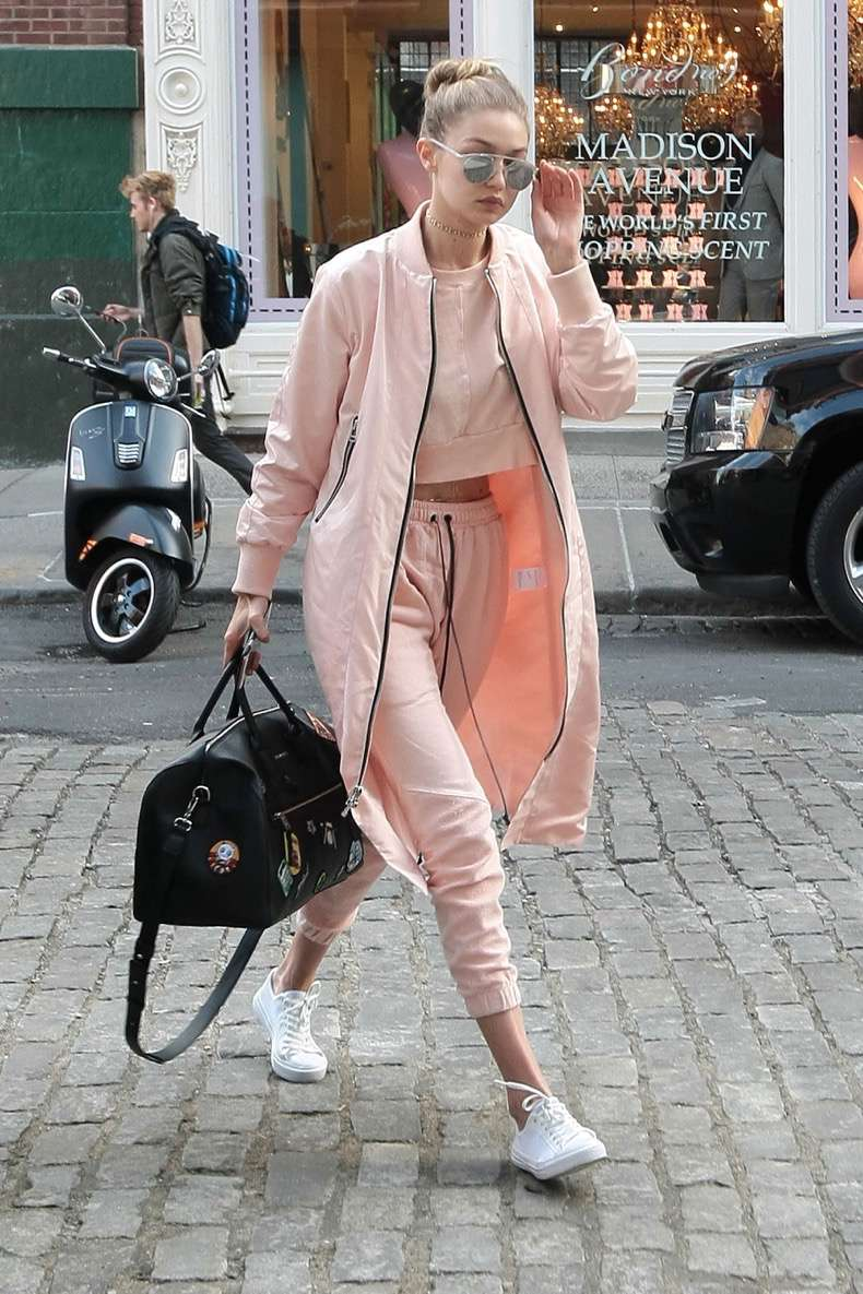 Gigi Hadid and her mother Yolanda Foster out and about in New York City. Pictured: Gigi Hadid Ref: SPL1261650 110416 Picture by: Said Elatab / Splash News Splash News and Pictures Los Angeles:310-821-2666 New York:212-619-2666 London:870-934-2666 photodesk@splashnews.com