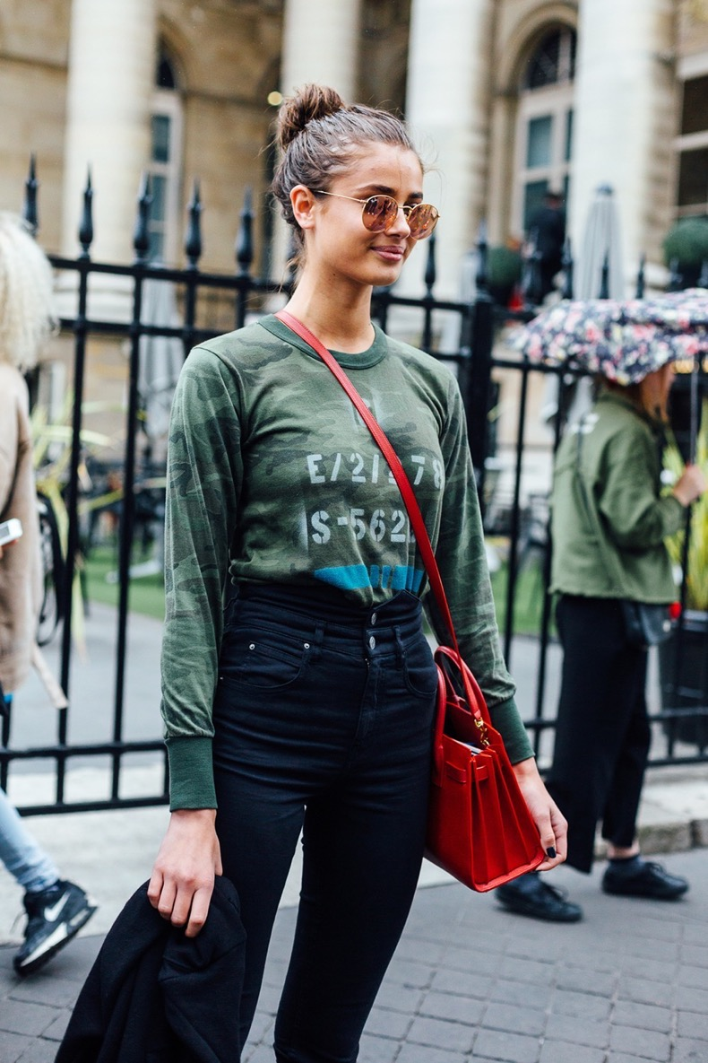 hbz-street-style-couture-fall-2016-day1-17