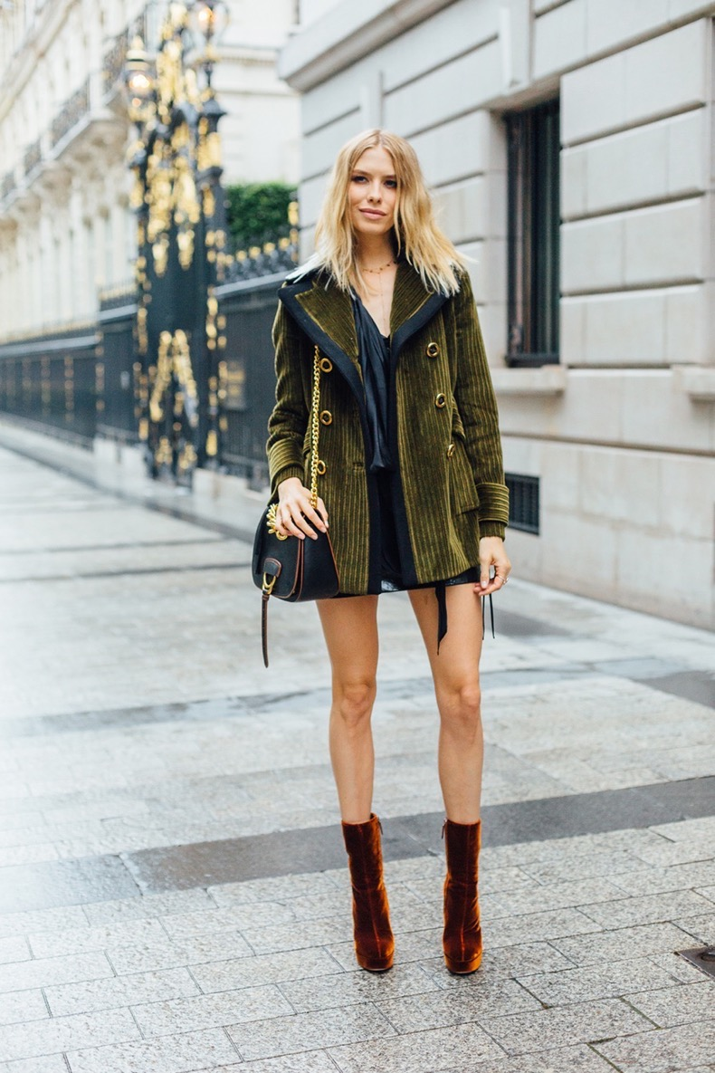 hbz-street-style-couture-fall-2016-day1-25