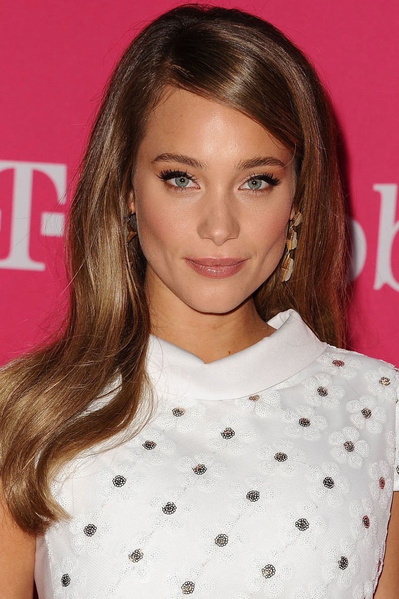 hbz-winter-hair-colors-hannah-davis_1
