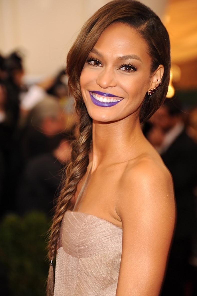joan-smalls-purple-lipstick