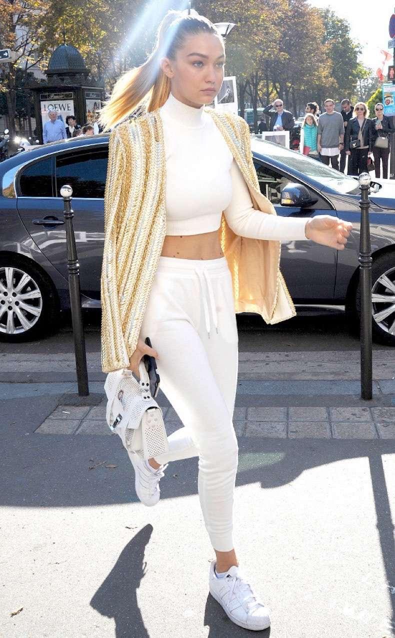 rs_634x1024-151001082515-634.Gigi-Hadid-Stars-In-Paris.jl.100115