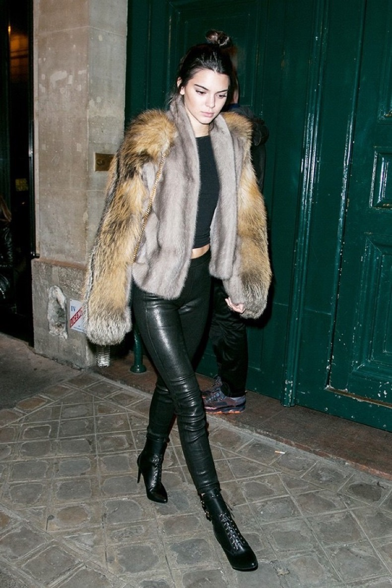 the-top-10-kendall-jenner-street-style-looks-of-2015-1577148-1448918847.640x0c