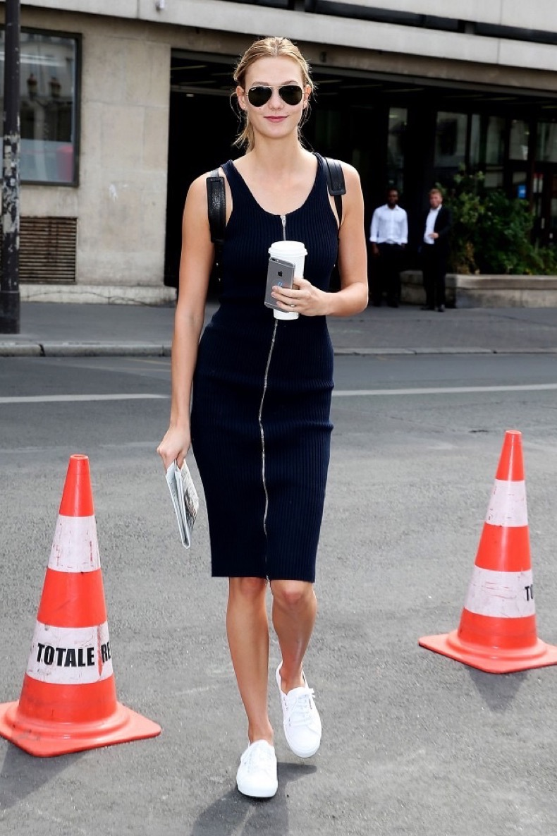 you-can-actually-afford-the-sneakers-karlie-kloss-wears-over-and-over-1820781-1467167100.640x0c