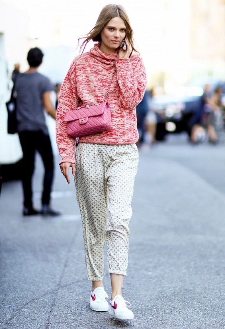 19-Ways-To-Wear-A-Fall-Sweater-Now-Street-Style-Looks-5