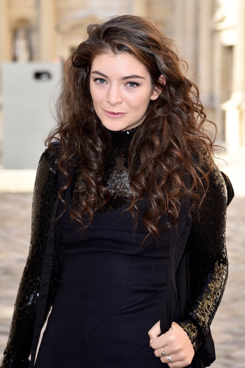 PARIS, FRANCE - MARCH 06:  Singer Lorde attends the Christian Dior show as part of the Paris Fashion Week Womenswear Fall/Winter 2015/2016 on March 6, 2015 in Paris, France.  (Photo by Pascal Le Segretain/Getty Images)