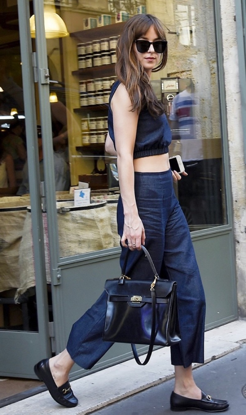 5-dakota-johnson-outfits-you-can-re-create-without-a-stylist-1867722-1471027087.600x0c