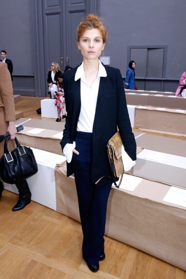 Clémence-Poésy-oversized-cuffs-pants-suit-navy-navy-and-white-menswear-work-office-to-out-pfw-street-style-getty-640x960