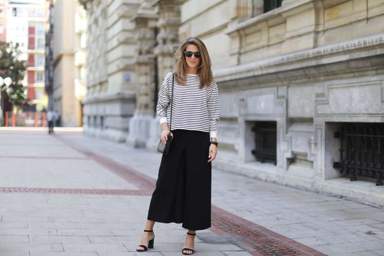 Clochet-streetstyle-culottes-zara-stripped-weater-celine-trio-bag-daniel-wellington-watch-2