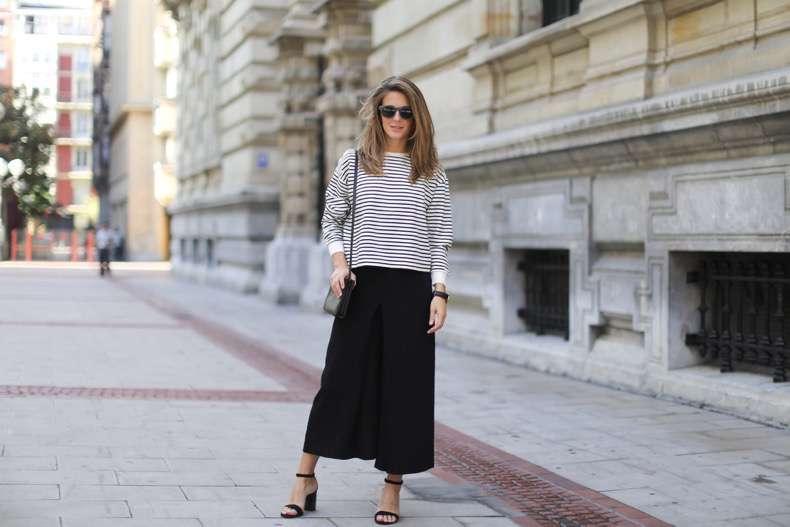 Clochet-streetstyle-culottes-zara-stripped-weater-celine-trio-bag-daniel-wellington-watch-2