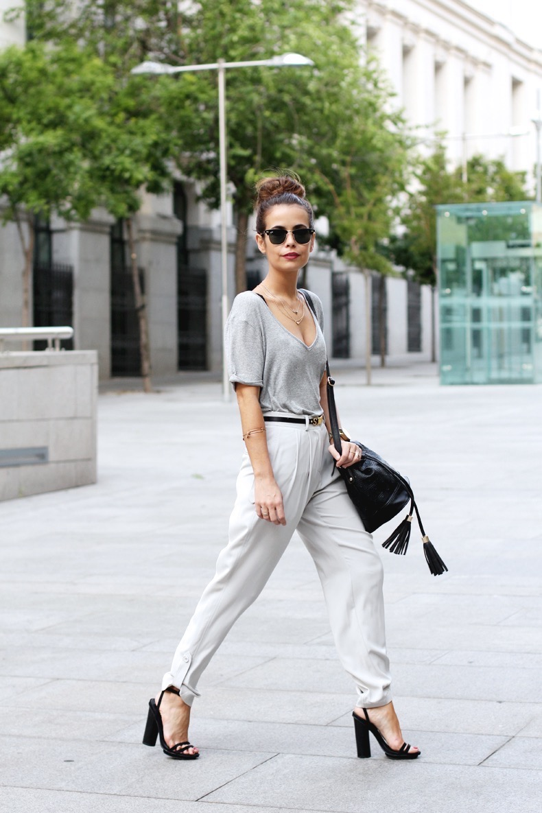 Grey_trousers-Basic_Tee-Asos-Black_Sandals-Outfit-street_style-19