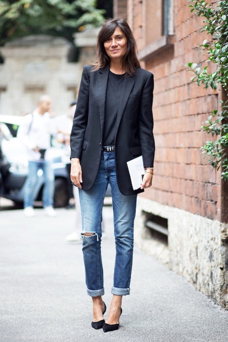 Le-Fashion-Blog-Mfw-Street-Style-French-Editor-Emmanuelle-Alt-Black-Blazer-Tee-Studded-Belt-Boyfriend-Jeans-Pumps-Via-Harpers-Bazaar