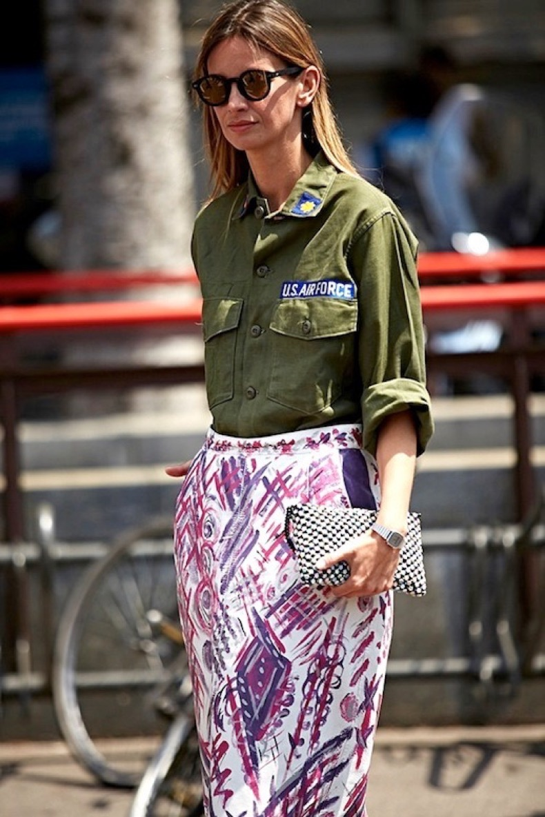 Le-Fashion-Blog-Street-Style-Inspiration-Mirrored-Sunglasses-Vintage-Army-Shirt-Tucked-Into-Bright-Printed-Skirt-Graphic-Clutch-Via-Buro-247