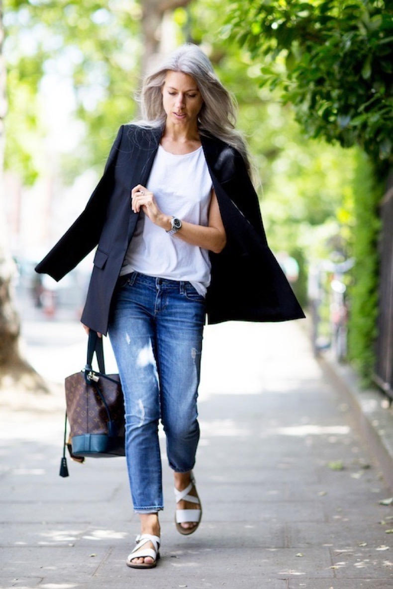 Le-Fashion-Blog-Street-Style-Sarah-Harris-Easy-Look-Black-Blazer-White-Tee-Louis-Vuitton-Tote-Bag-Cuffed-Jeans-White-Sandals-Via-