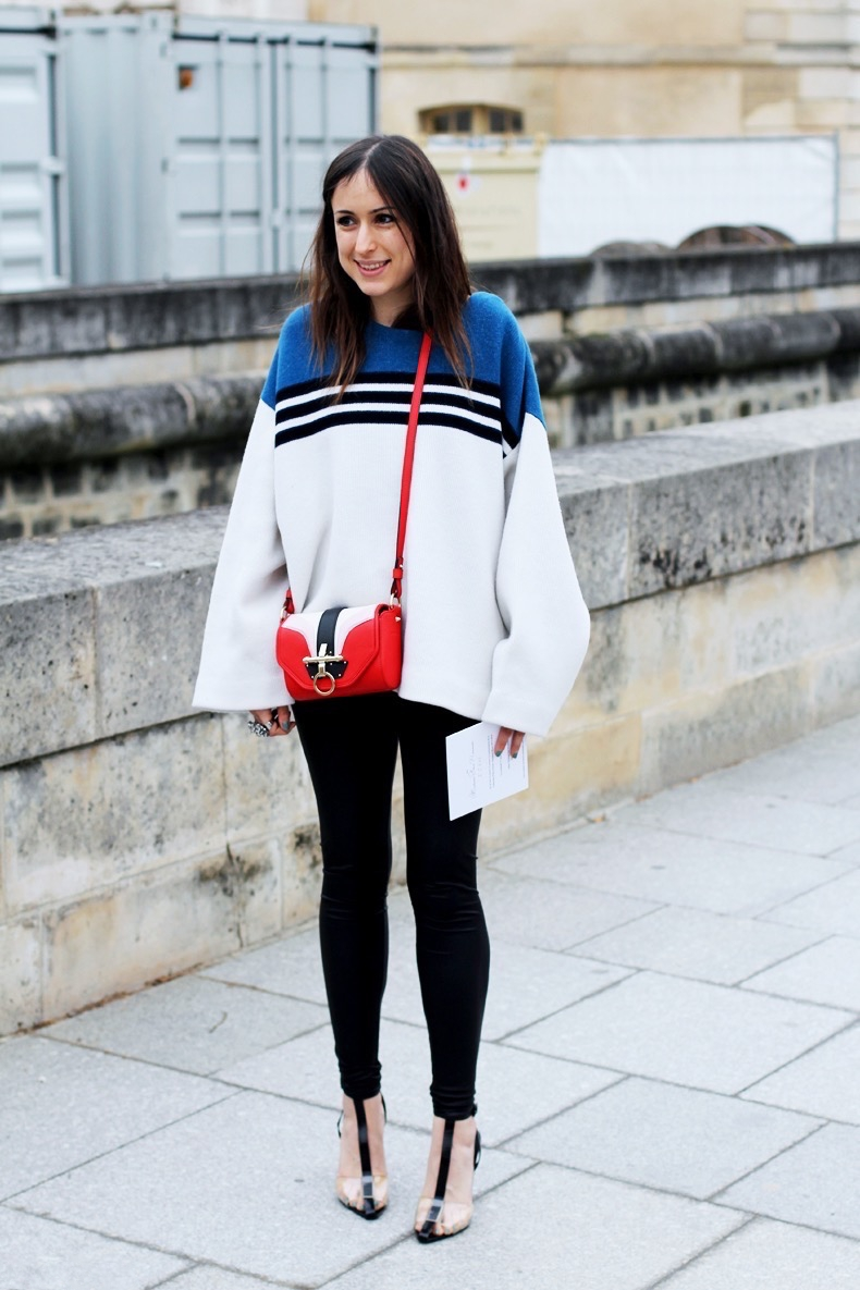 Tricolor_JUmper-Street_Style-Dior_Fashion_Show-Paris-Fashion_Week-2