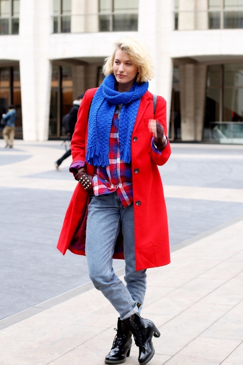 Zanita-New_York_Fashion_Week_2013-Red_Coat-Electric_Blue-Street_Style-1