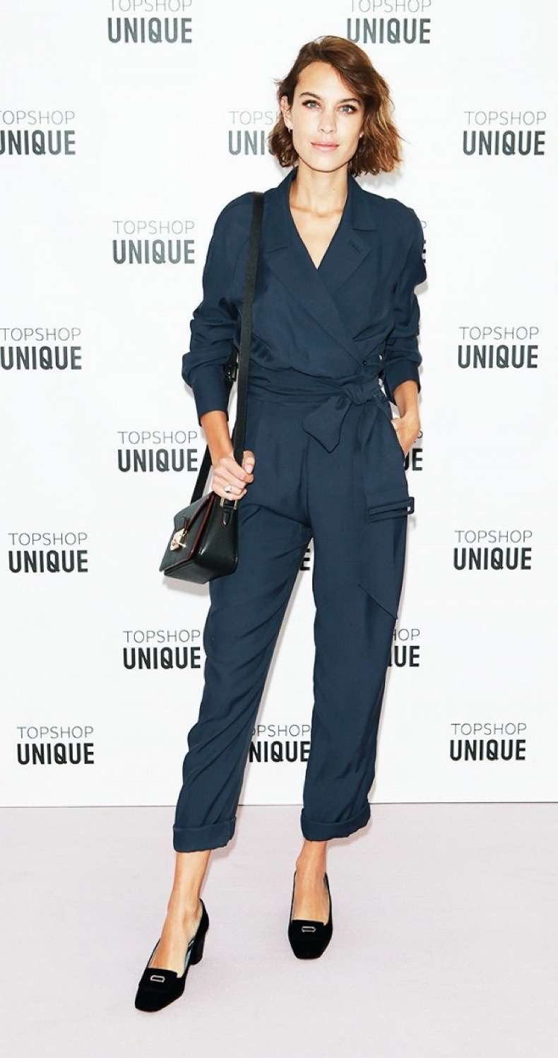 an-alexa-chung-outfit-for-every-occasion-1741749-1461273525.600x0c