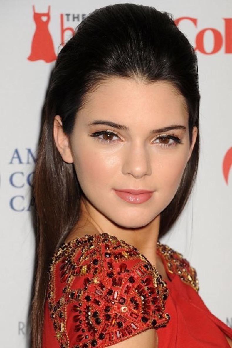 beauty-celebrity-beauty-2014-03-kendall-jenner-beauty-10