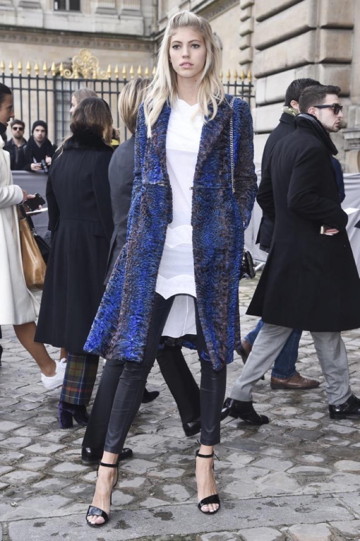 black-leather-skinnies-simple-black-sandals-statement-coat-furry-coat-texture-white-tunic-shirt-pfw-street-style-devon-windsor-getty-640x961