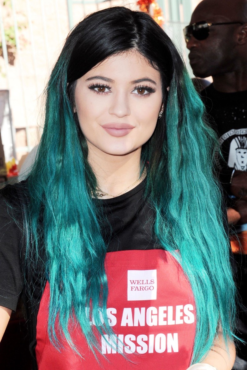 elle-kylie-jenner-hair-gettyimages-459632676_1
