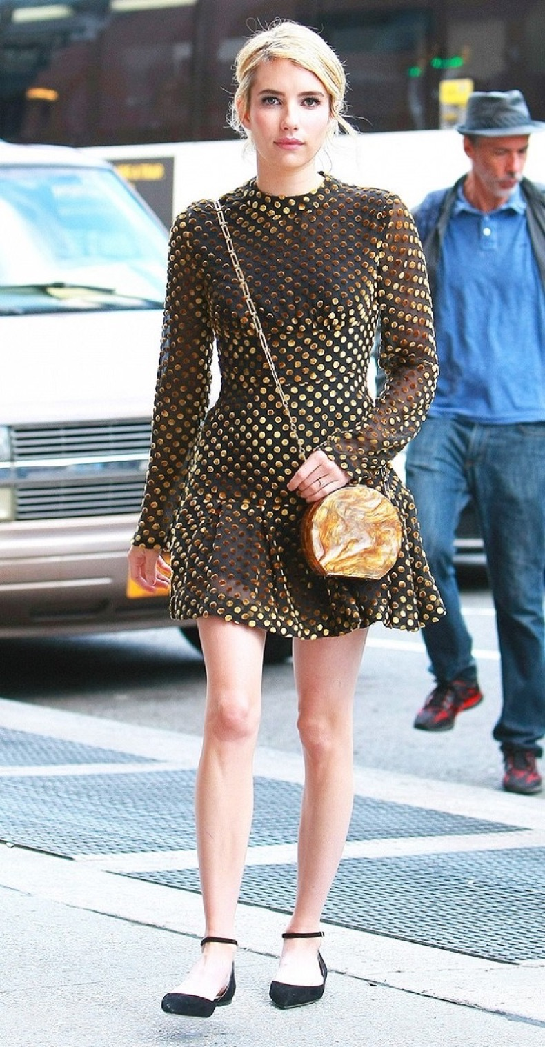 emma-roberts-is-the-most-stylish-girl-in-nyc-this-week-1834235-1468352393.640x0c
