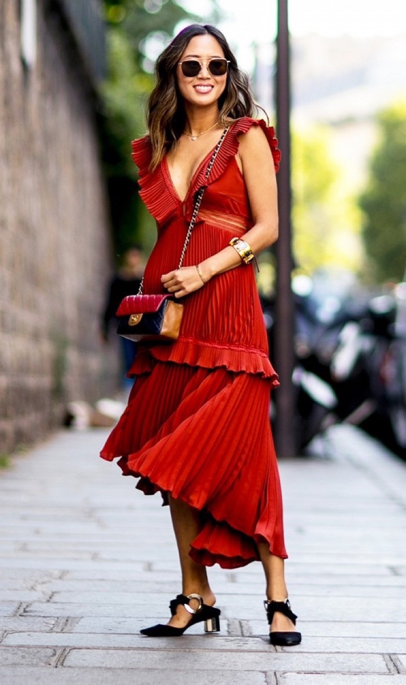psa-you-probably-need-a-red-dress-this-season-1867435-1471013462.600x0c
