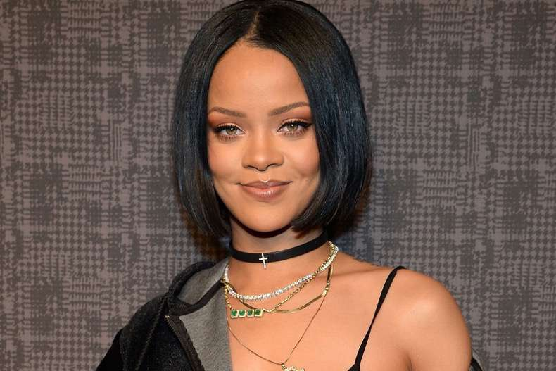 rihanna-lands-lvmh-makeup-deal-0