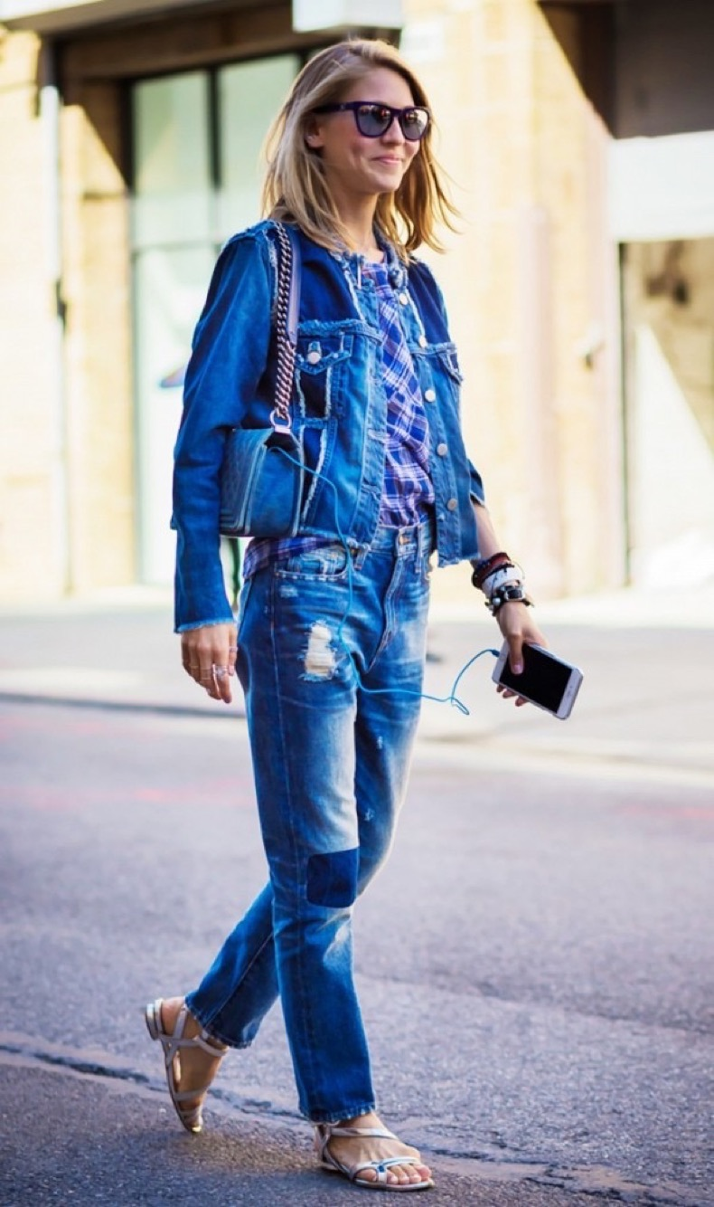 the-new-way-to-wear-denim-on-denim-this-fall-1870434-1471300052.600x0c