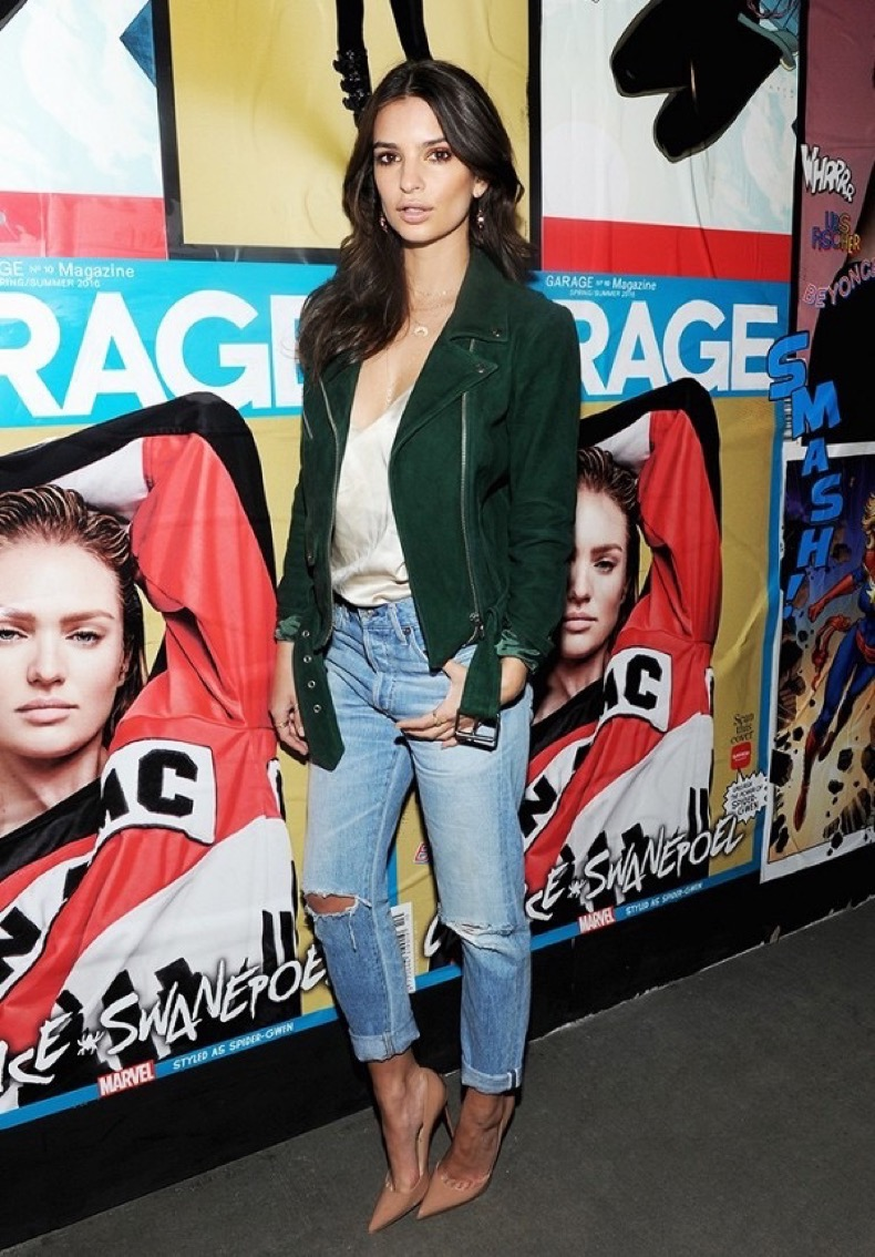 the-outfit-formulas-emily-ratajkowski-wears-on-repeat-1882356-1472164931.600x0c