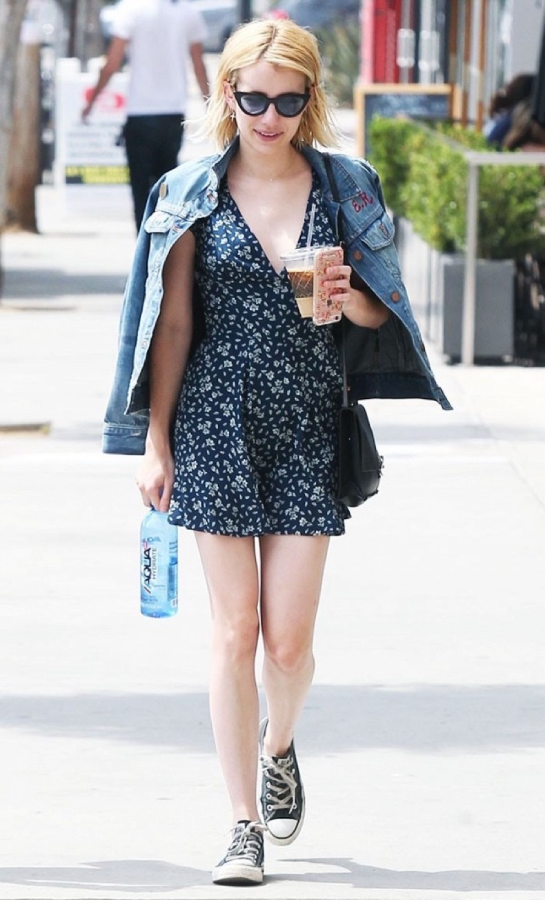 these-celebrity-outfits-will-never-go-out-of-style-1878982-1471984842.600x0c