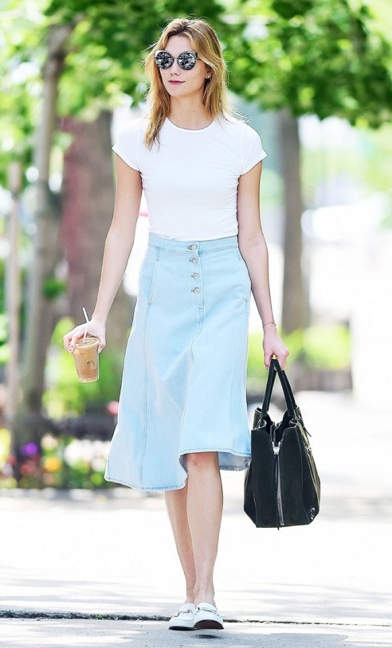 these-celebrity-outfits-will-never-go-out-of-style-1878984-1471984842.600x0c