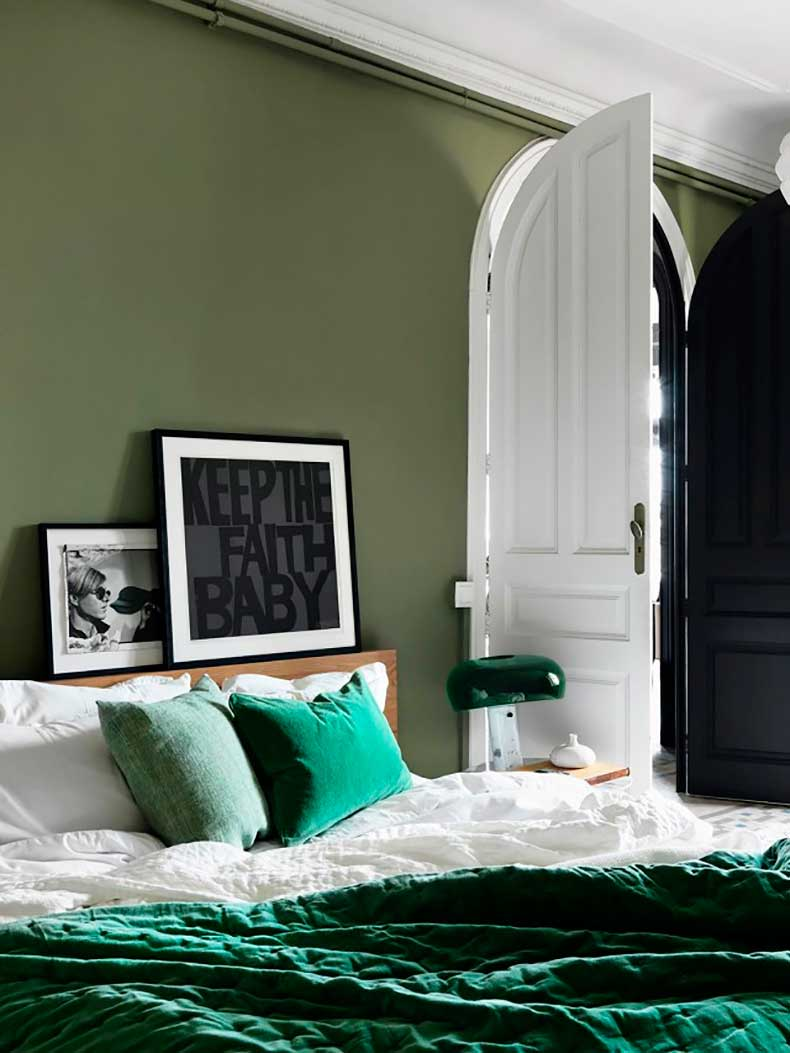 this-bedroom-trend-will-inspire-you-to-sleep-in-1858677-1470281807.640x0c
