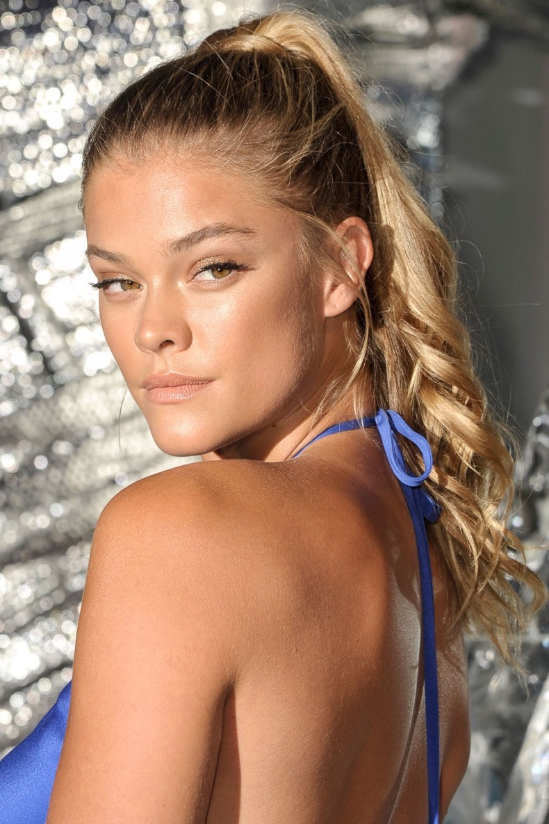 1471540802-hbz-beauty-secret-nina-agdal
